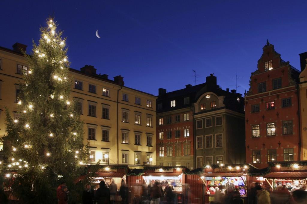 ola_ericson-christmas_market_-176