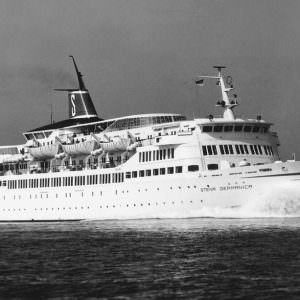 1967-1973_Stena-Germanica-till-sjöss_Foto-Renard-900×613
